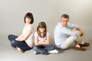 О ненадлежащем исполнении родительских обязанностей: изъятие детей за неисполнение