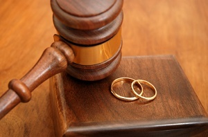 Сколько времени занимают разводы через суд: по обоюдному согласию, если ребенок