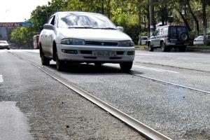 Штраф за езду по трамвайным путям попутного направления: статья, сумма, оплата