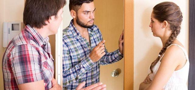 О жалобе на соседей в администрацию: куда обратиться, образец как составить