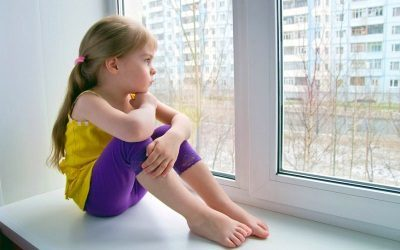 Выписка несовершеннолетнего ребенка из квартиры собственника: как и можно ли