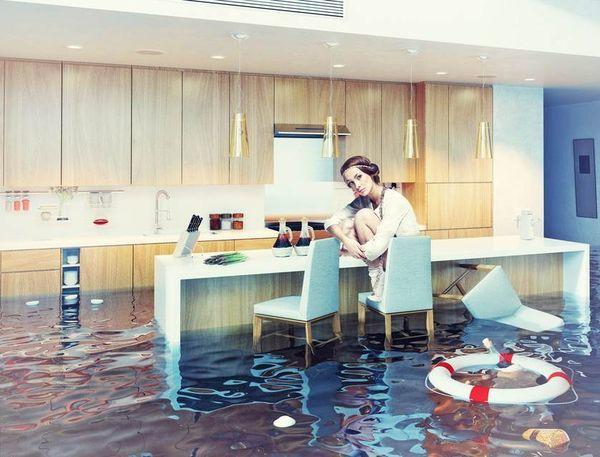 Что делать, если затопил соседа снизу: судебная практика, как не платить