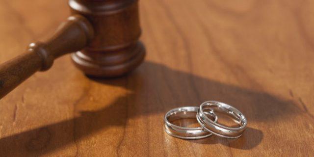 О семейном кодексе и разводе: расторжение брака в судебном порядке, какая статья