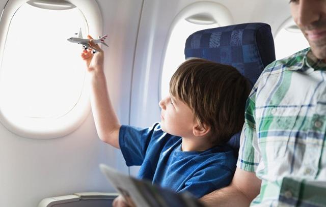 О выезде ребенка за границу без согласия отца: нужно ли разрешение, при разводе