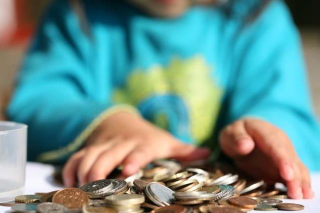 О пособии по потере кормильца: сколько платят, до какого возраста, размер пенсии