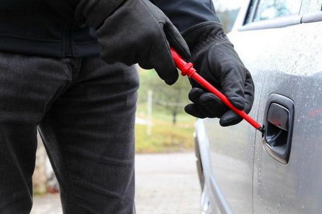 Об угоне автомобиля по статье 166 УК РФ: сколько дают за кражу машины, наказание