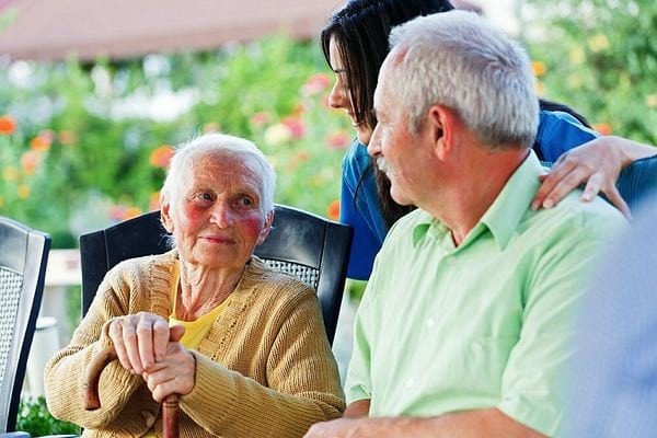 О пенсии по инвалидности 1 группа: сколько платят, как начисляется выплата
