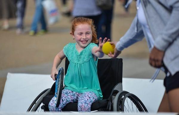 О пособиях по уходу за ребенком-инвалидом: какие выплаты положены, пенсия