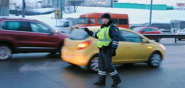 Штраф за опасное вождение: статья и сумма наказания, как оплачивать