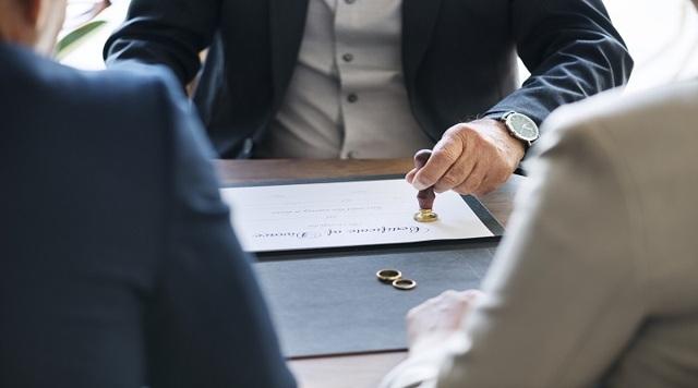 О свидетельстве о расторжении брака через госуслуги: как получить дубликат