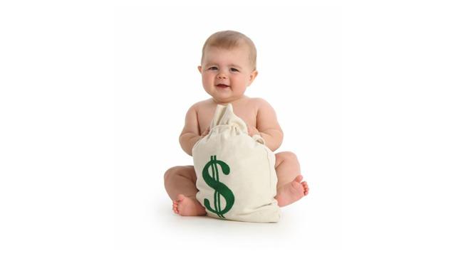 Сколько дается за 3 ребенка: выплаты при рождении третьего, какое пособие