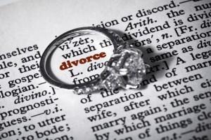 О разводе через ЗАГС без присутствия супруга: как оформить без одного из них