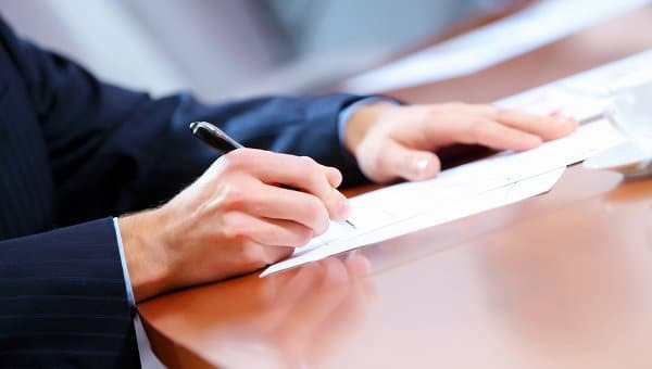 О подаче заявлений в прокуратуру через Госуслуги: можно ли, как написать жалобу