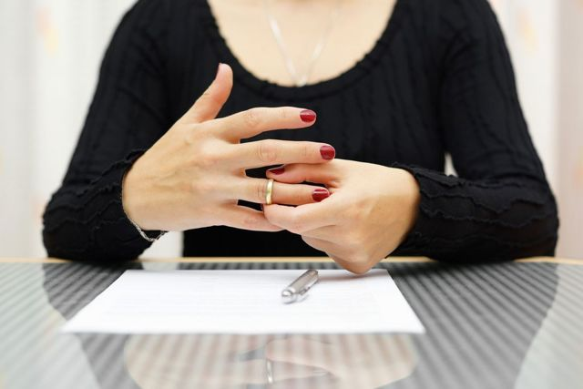 Как забрать заявление о разводе из суда: можно ли аннулировать, отказ от иска