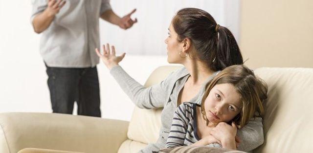 Как выписать бывшего мужа из квартиры: без его согласия после развода, выселение