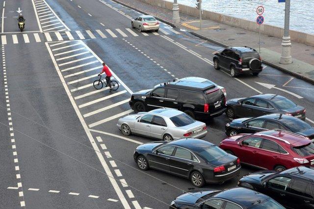 Какой штраф за обгон на пешеходном переходе: размер и сумма наказания, как оплачивать