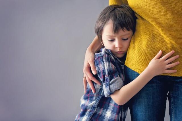 Как забрать ребенка у матери отцу после развода: как отсудить в России, можно ли